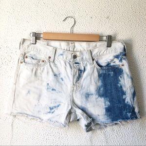 Vintage Levi's | Tie Dye Raw Hem Jean Shorts 28